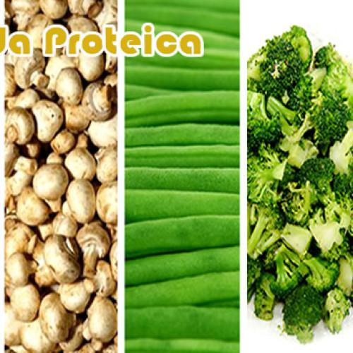 Super salada de brócolis com carne rica em proteínas