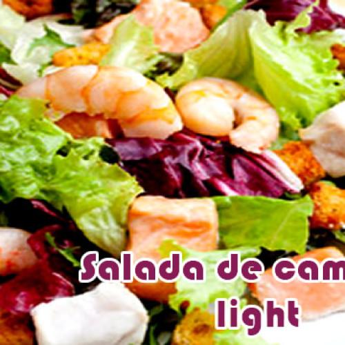 Salada de camarão com molho