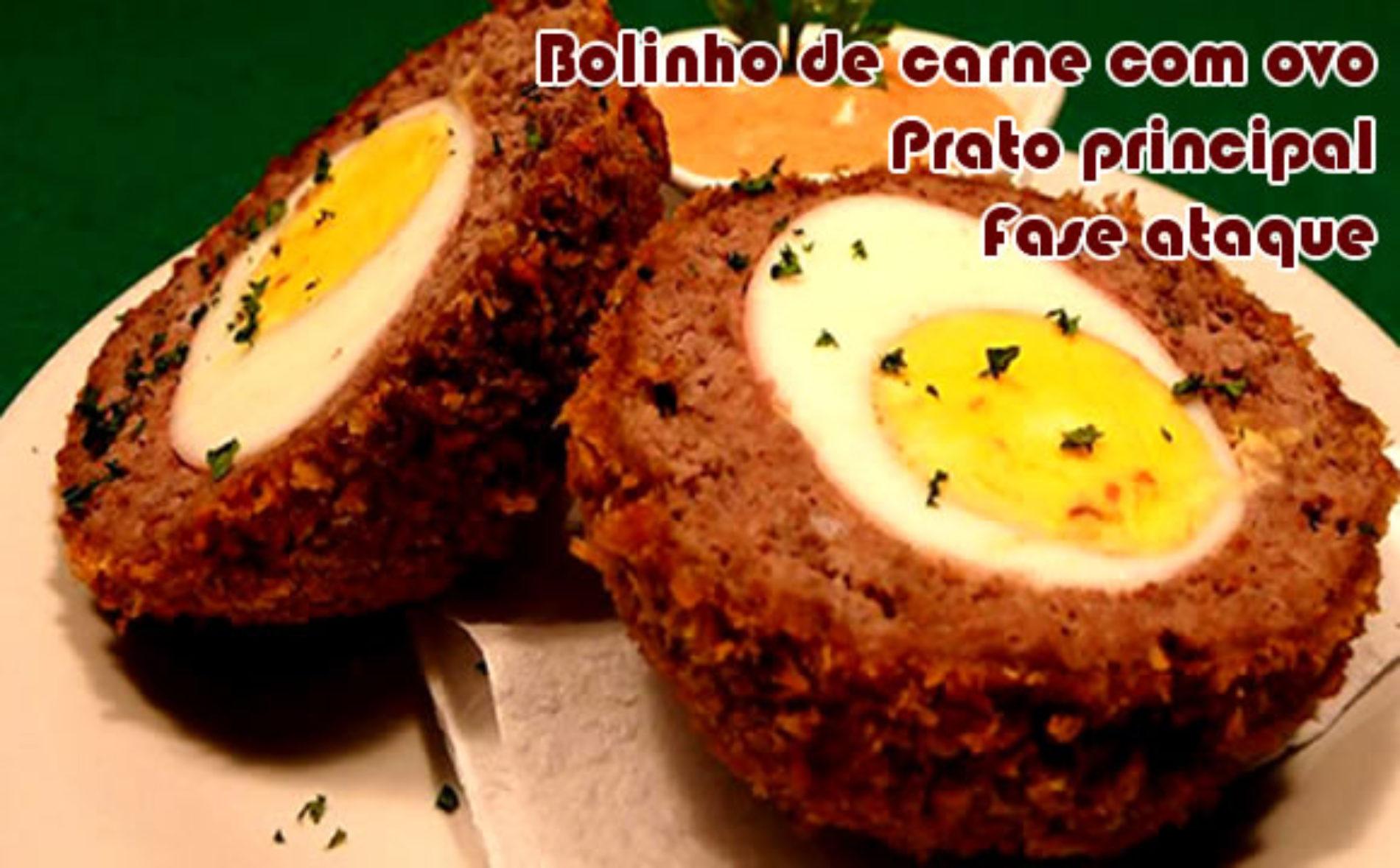 Bolinho de carne moída recheado com ovo