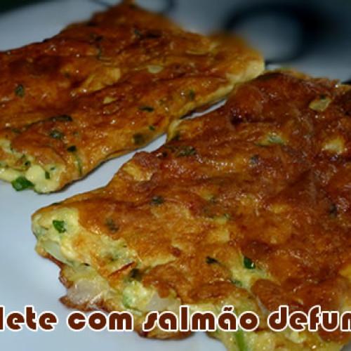 Receita FIT de omelete com salmão defumado