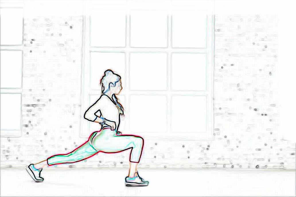 Imagem com exercício de passada na academia. Lifting com musculação contra flacidez.