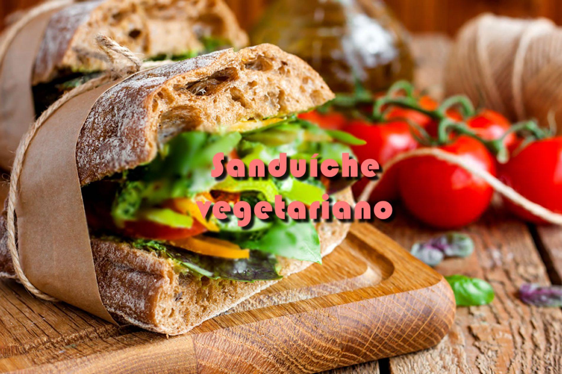 Sanduíche vegetariano de pimentão e brócolis